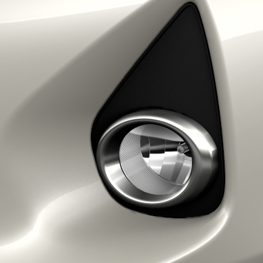 Satin chrome surround on front fog lamps